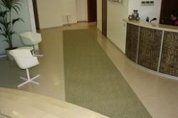 ковровая дорожка из коврового покрытия